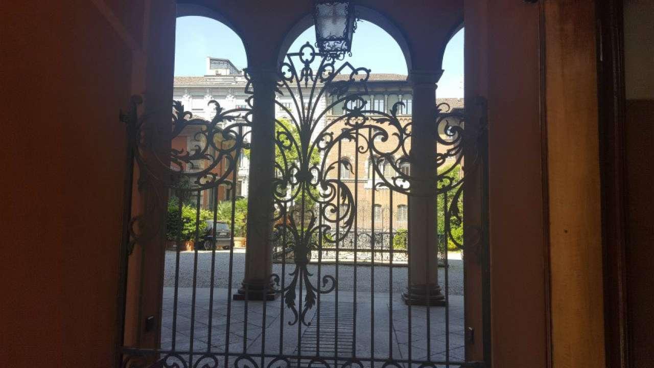 Appartamento in affitto a Milano, 8 locali, zona Zona: 1 . Centro Storico, Duomo, Brera, Cadorna, Cattolica, prezzo € 7.100 | CambioCasa.it