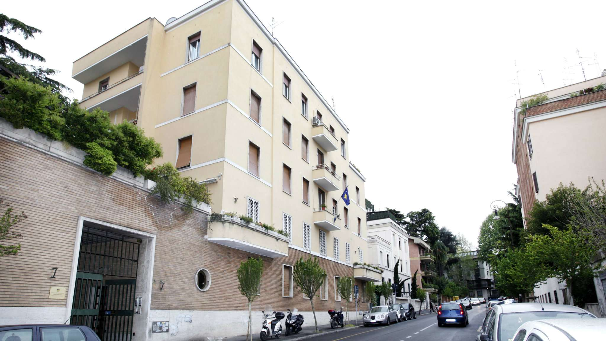Ufficio / Studio in affitto a Roma, 12 locali, zona Zona: 3 . Trieste - Somalia - Salario, prezzo € 6.900 | CambioCasa.it