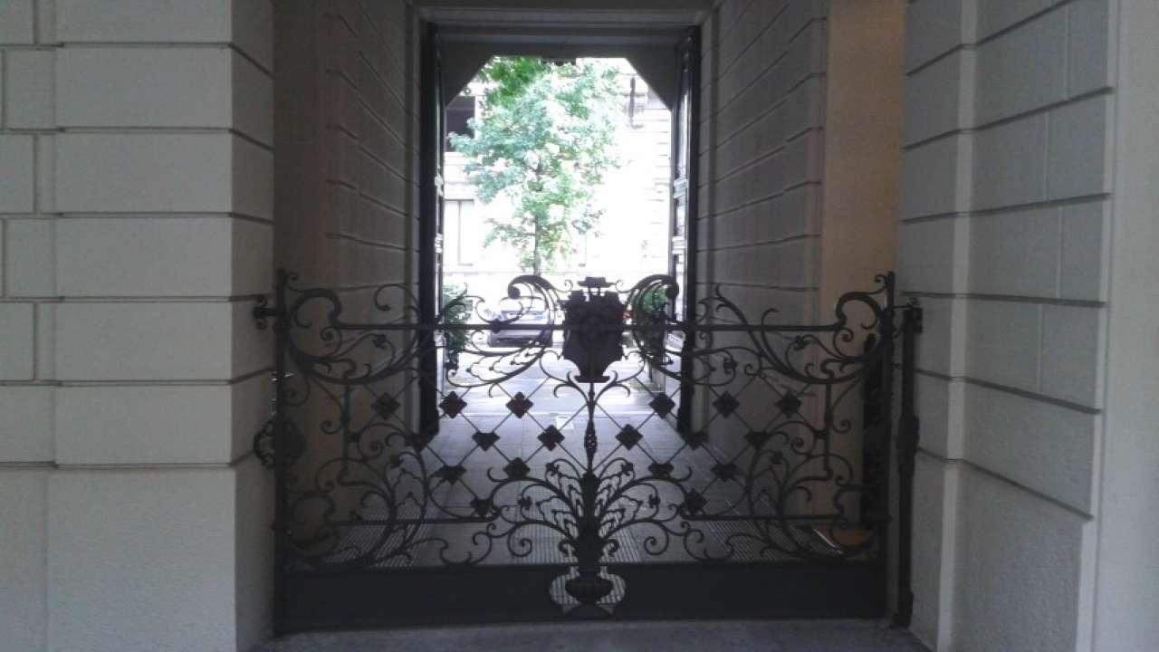 Appartamento in affitto a Milano, 7 locali, zona Zona: 12 . De Angeli, Vercelli, Washington, Sicilia, S. Michele del Carso, prezzo € 6.660 | CambioCasa.it