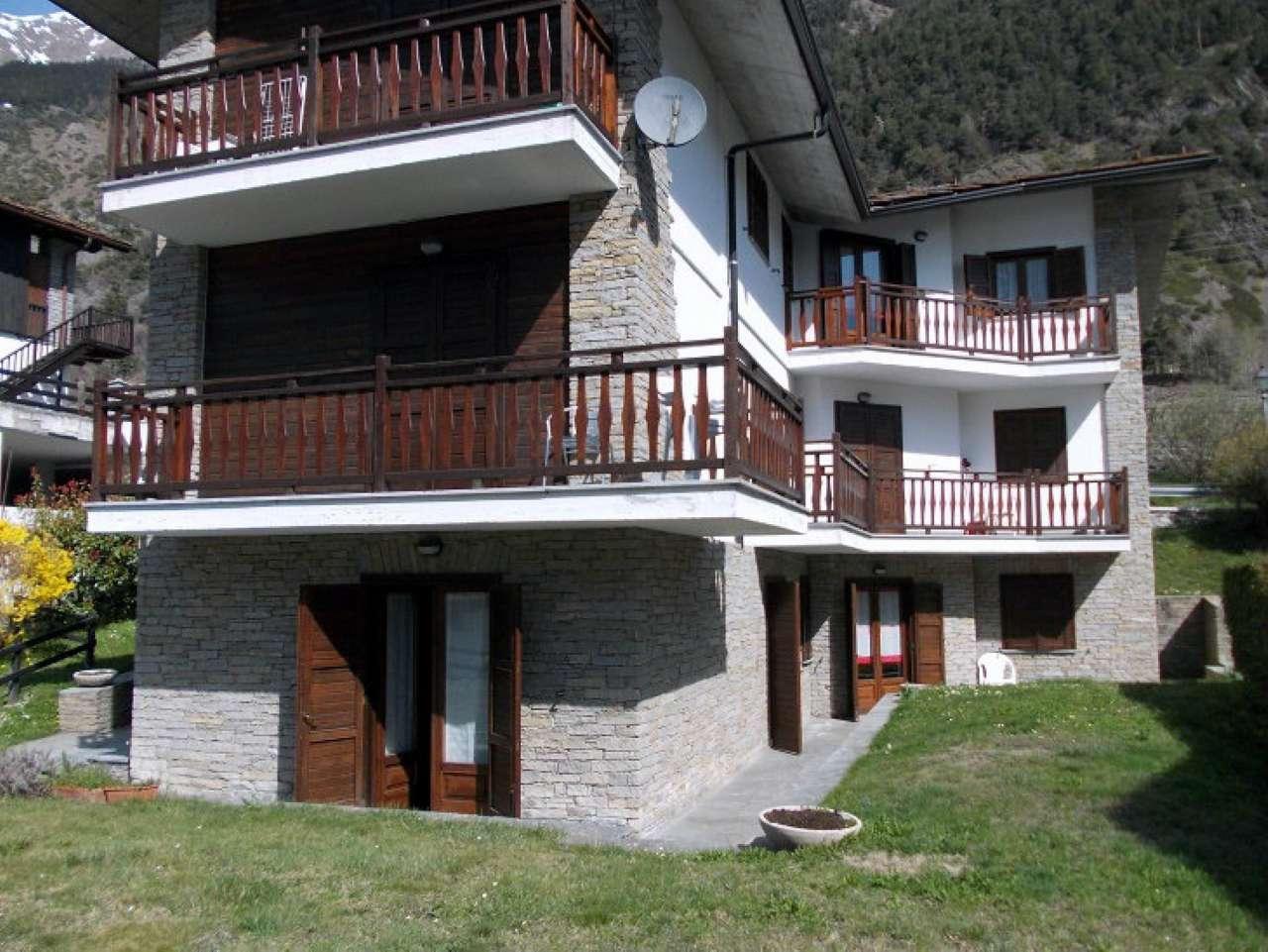 Appartamento in affitto a Morgex, 2 locali, prezzo € 400 | CambioCasa.it
