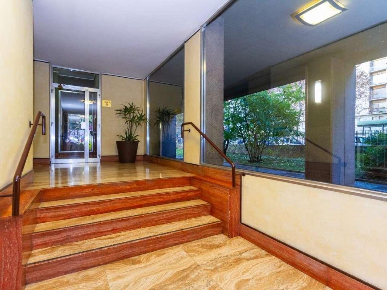 Foto 1 di Appartamento corso VITTORIO EMANUELE II, Torino (zona Cenisia, San Paolo)