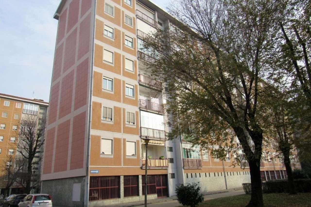 Foto 1 di Appartamento strada DEL DROSSO, Torino (zona Mirafiori)