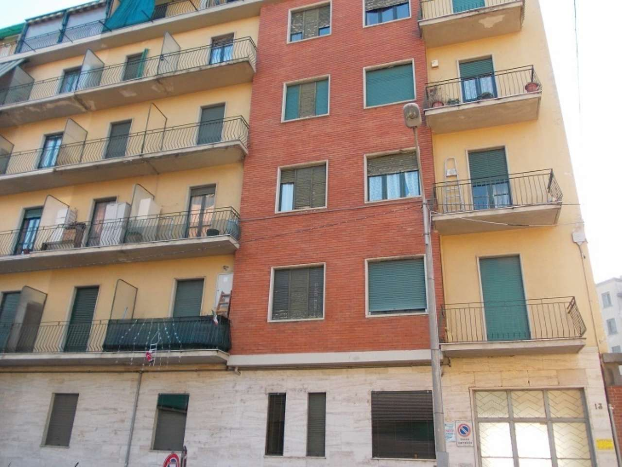 Foto 1 di Bilocale via CASAPINTA, Torino (zona Madonna di Campagna, Borgo Vittoria, Barriera di Lanzo)