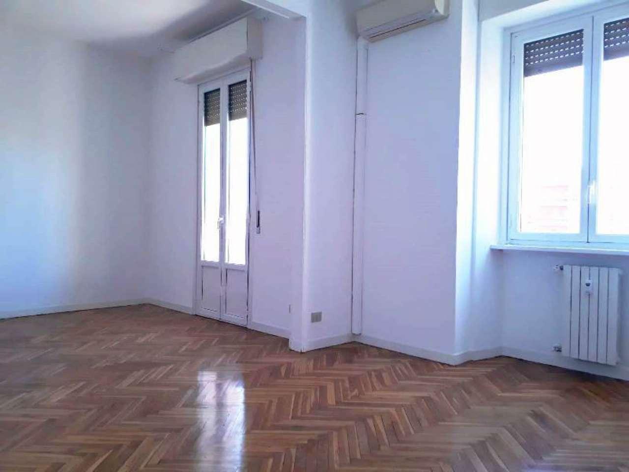 Appartamento in affitto Zona P.ta Genova, Romolo, Solari, Papini... - via D'Annunzio 3 Milano