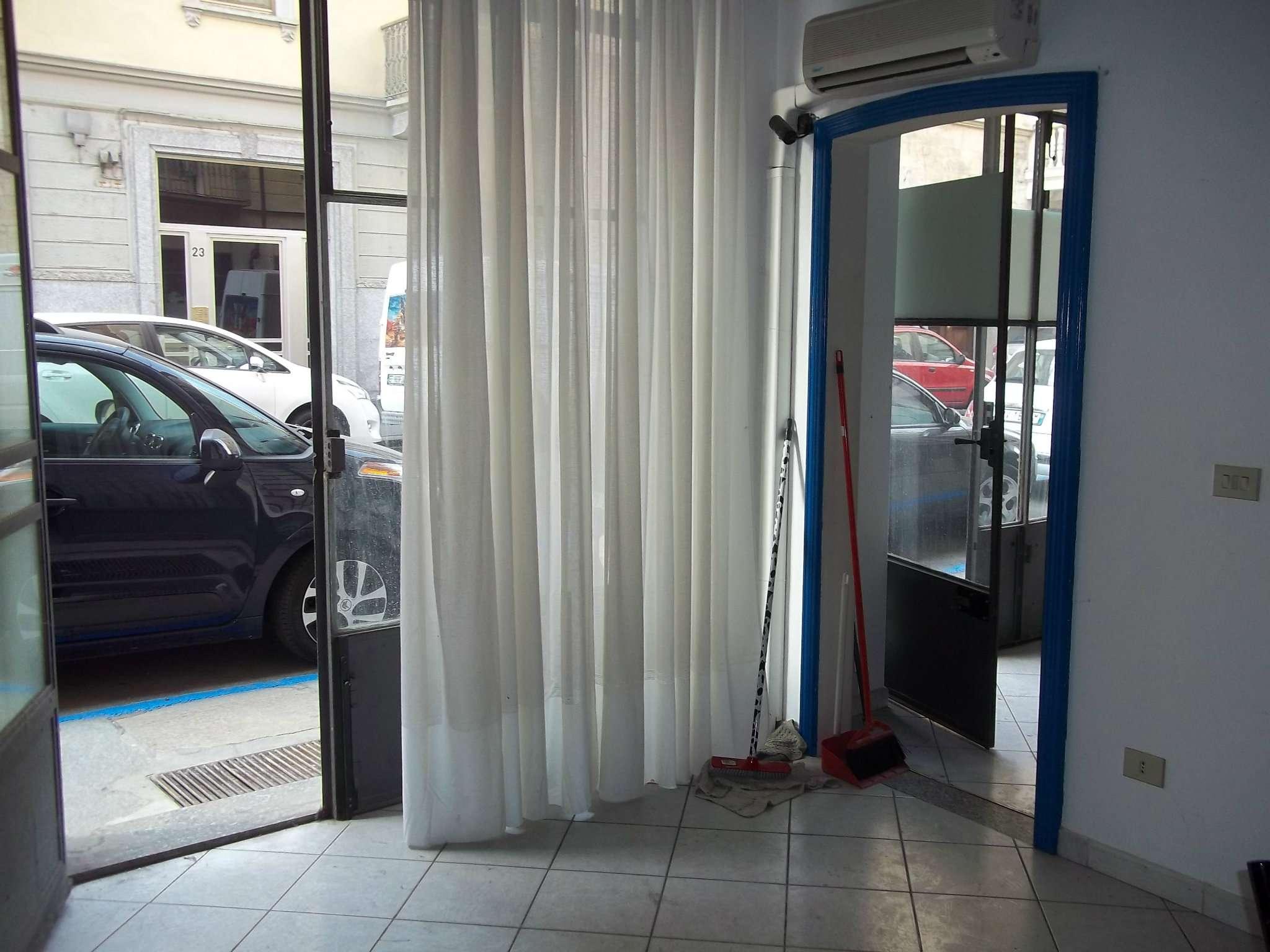 Bilocale Torino Via Amedeo Peyron 7