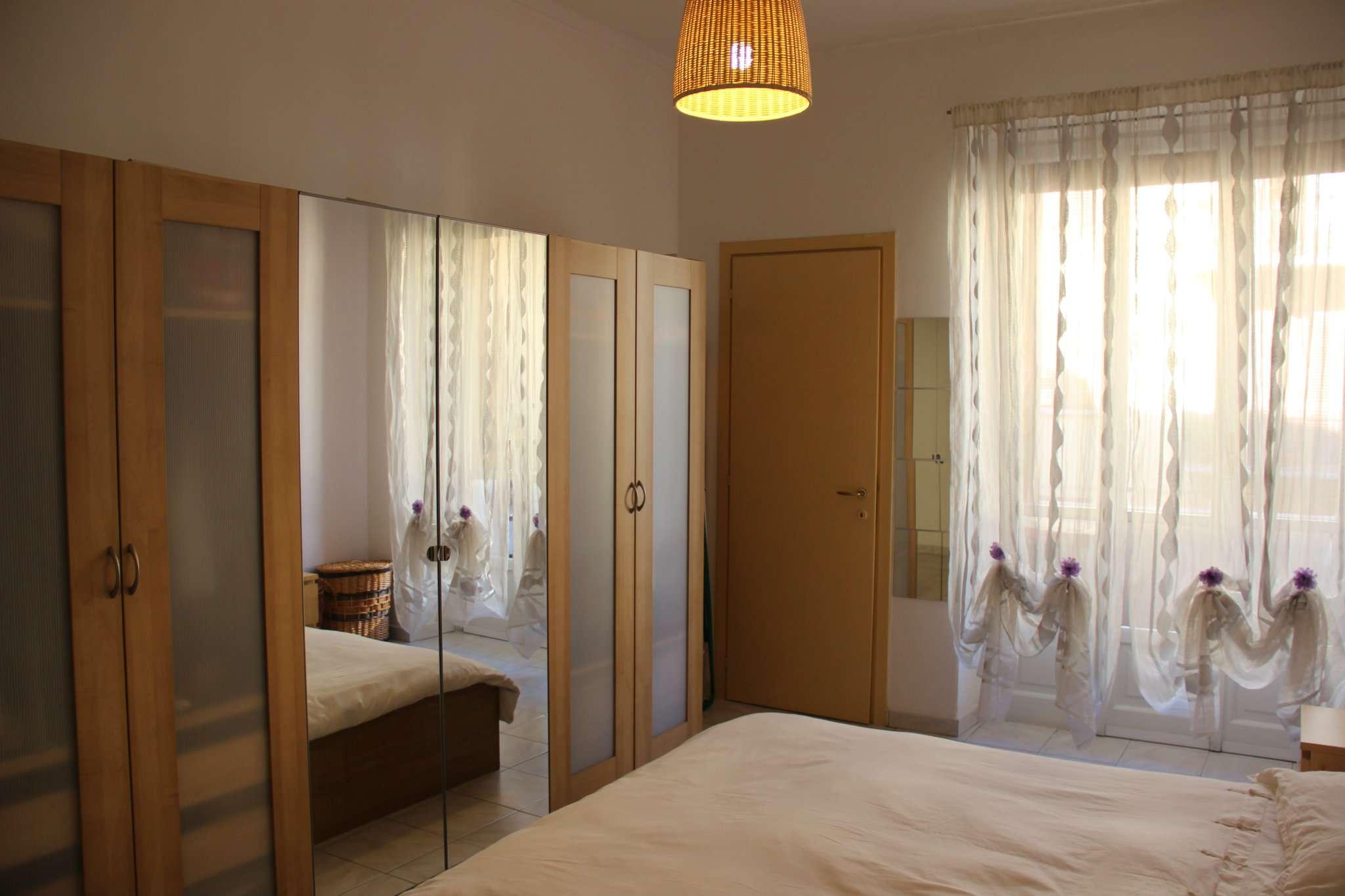 Bilocale Torino Via Perosa 8
