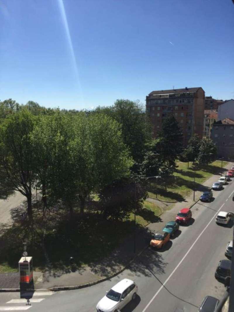 Bilocale Torino Via Lancia 2