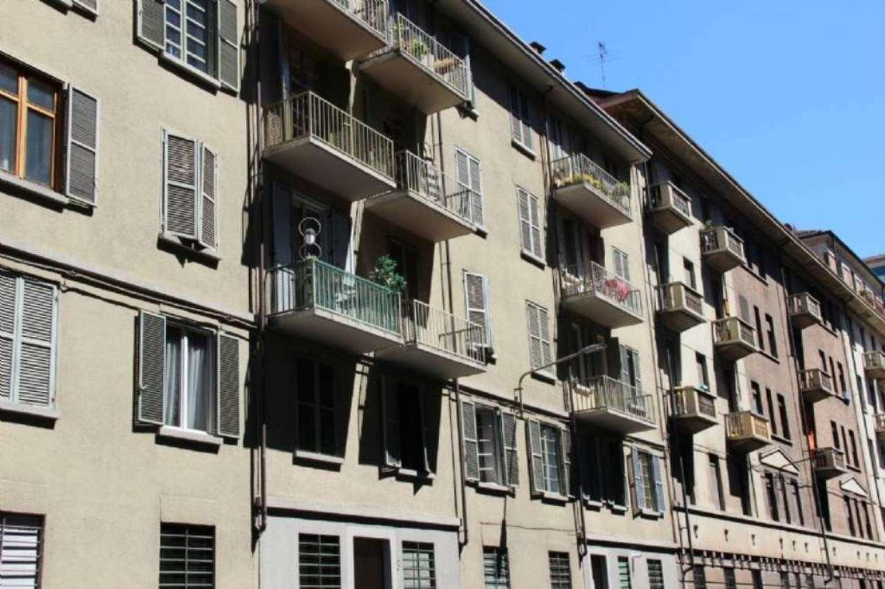 Bilocale Torino Via Chisola 1