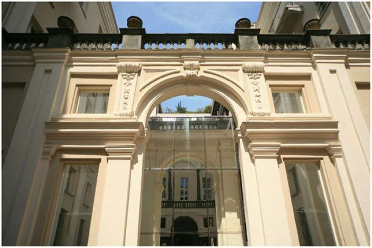 Bilocale Torino Piazza Savoia 3