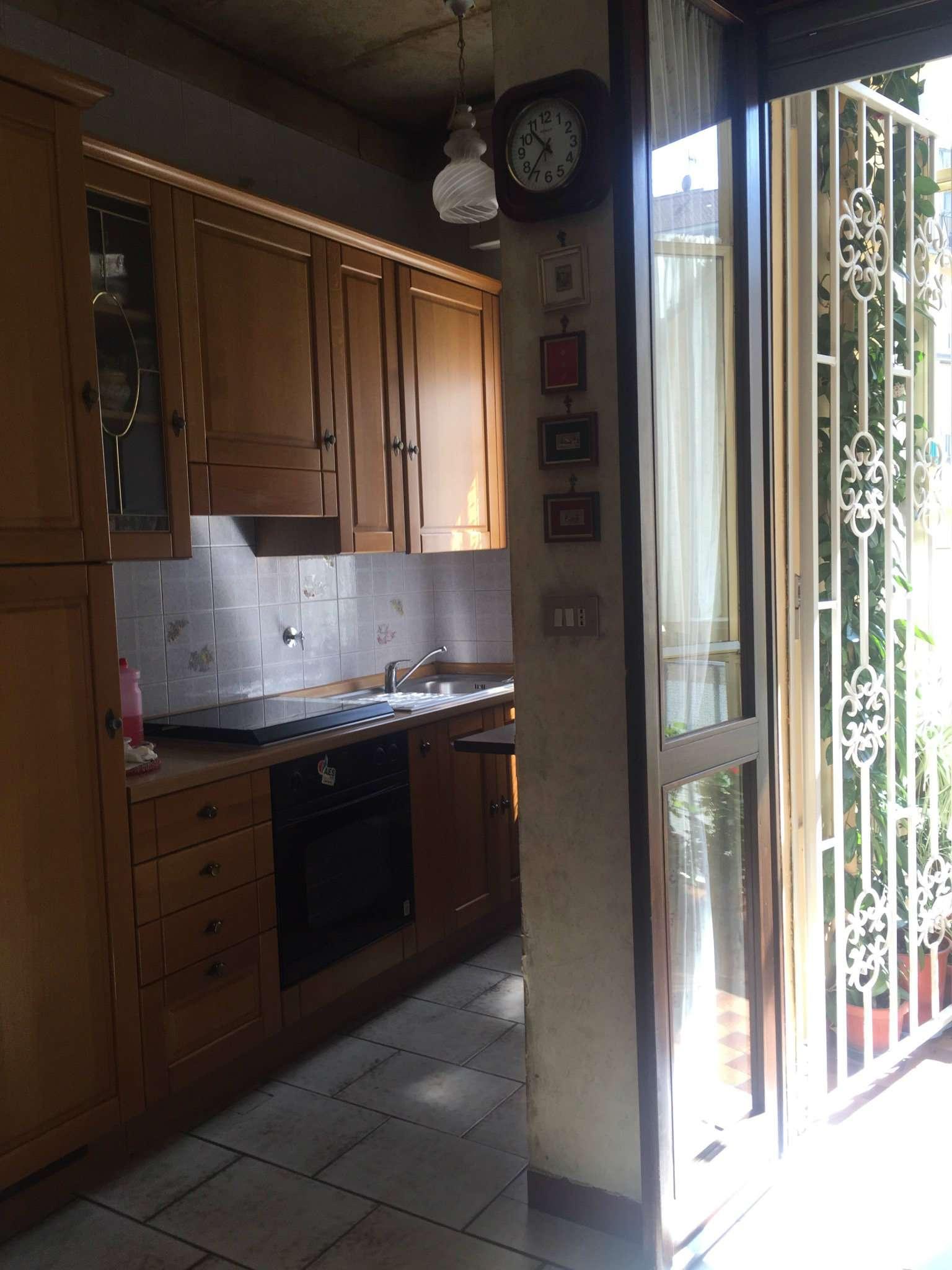 Bilocale Torino Via Tommaso Villa 3