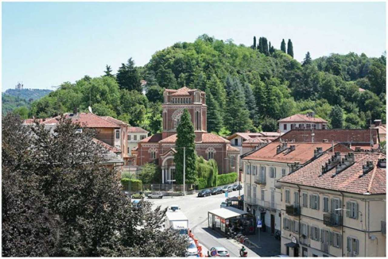 Bilocale Torino Corso Quintino Sella 9