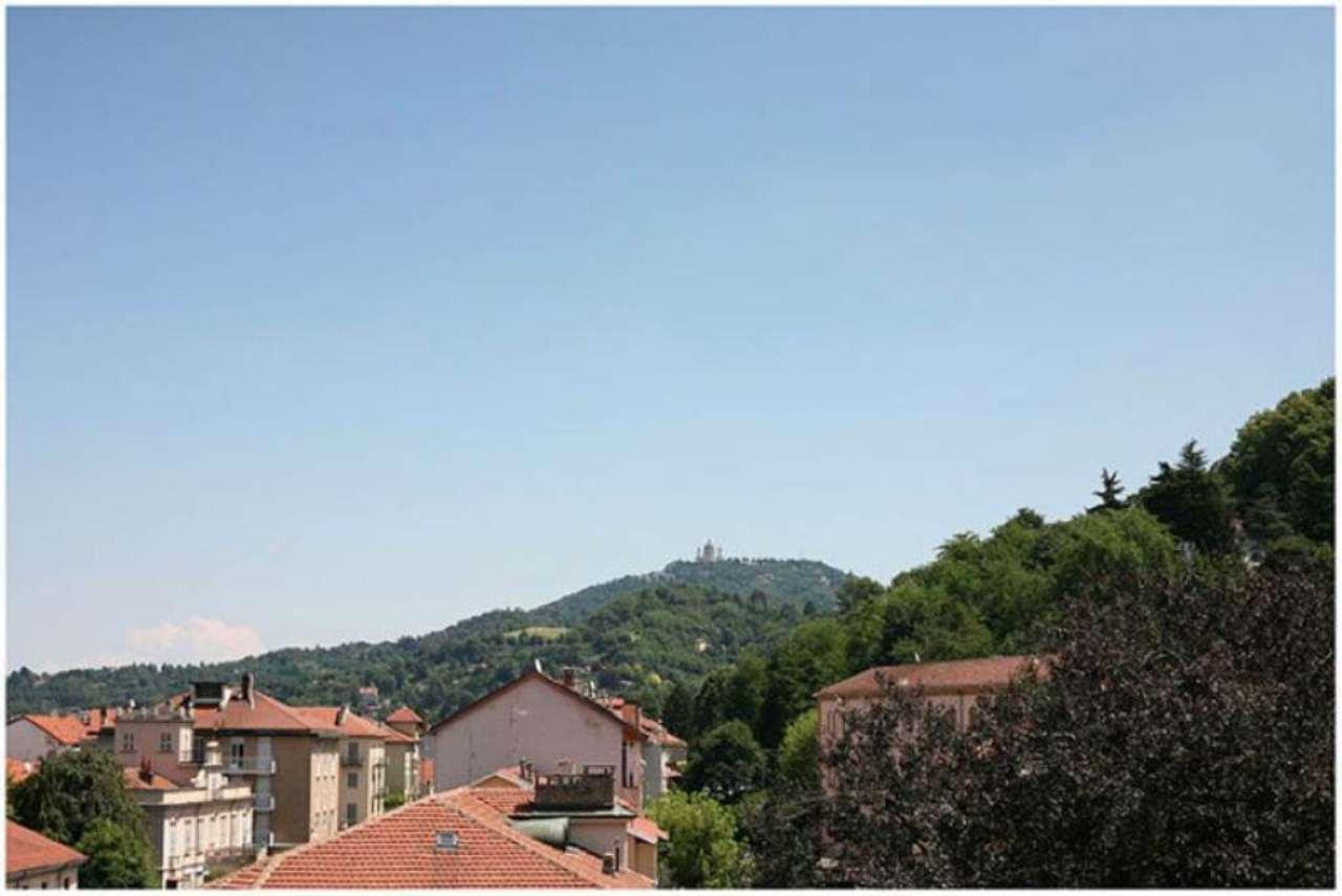 Bilocale Torino Corso Quintino Sella 7