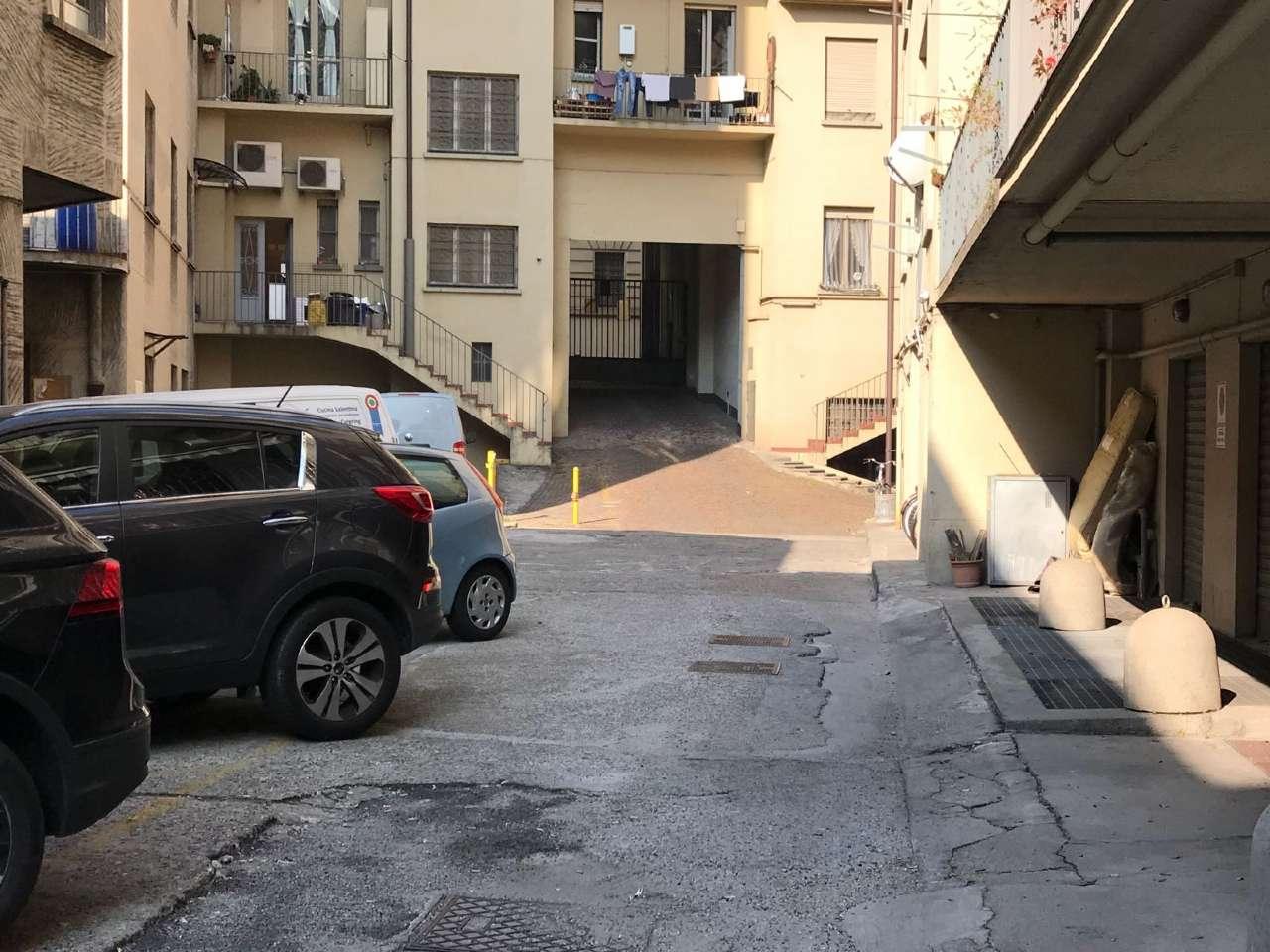 Torino Affitto POSTO AUTO SCOPERTO Immagine 0