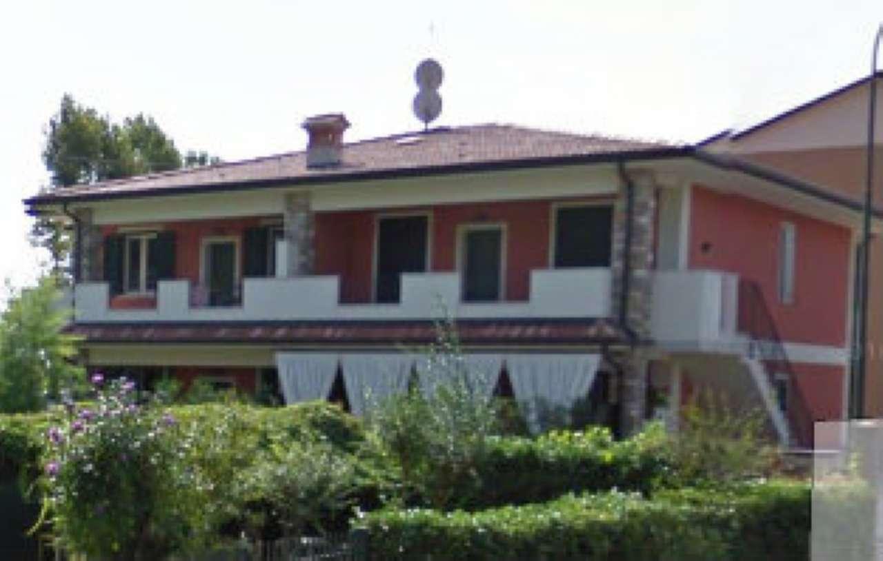 Villa in vendita a Rodengo-Saiano, 4 locali, prezzo € 249.000 | Cambio Casa.it