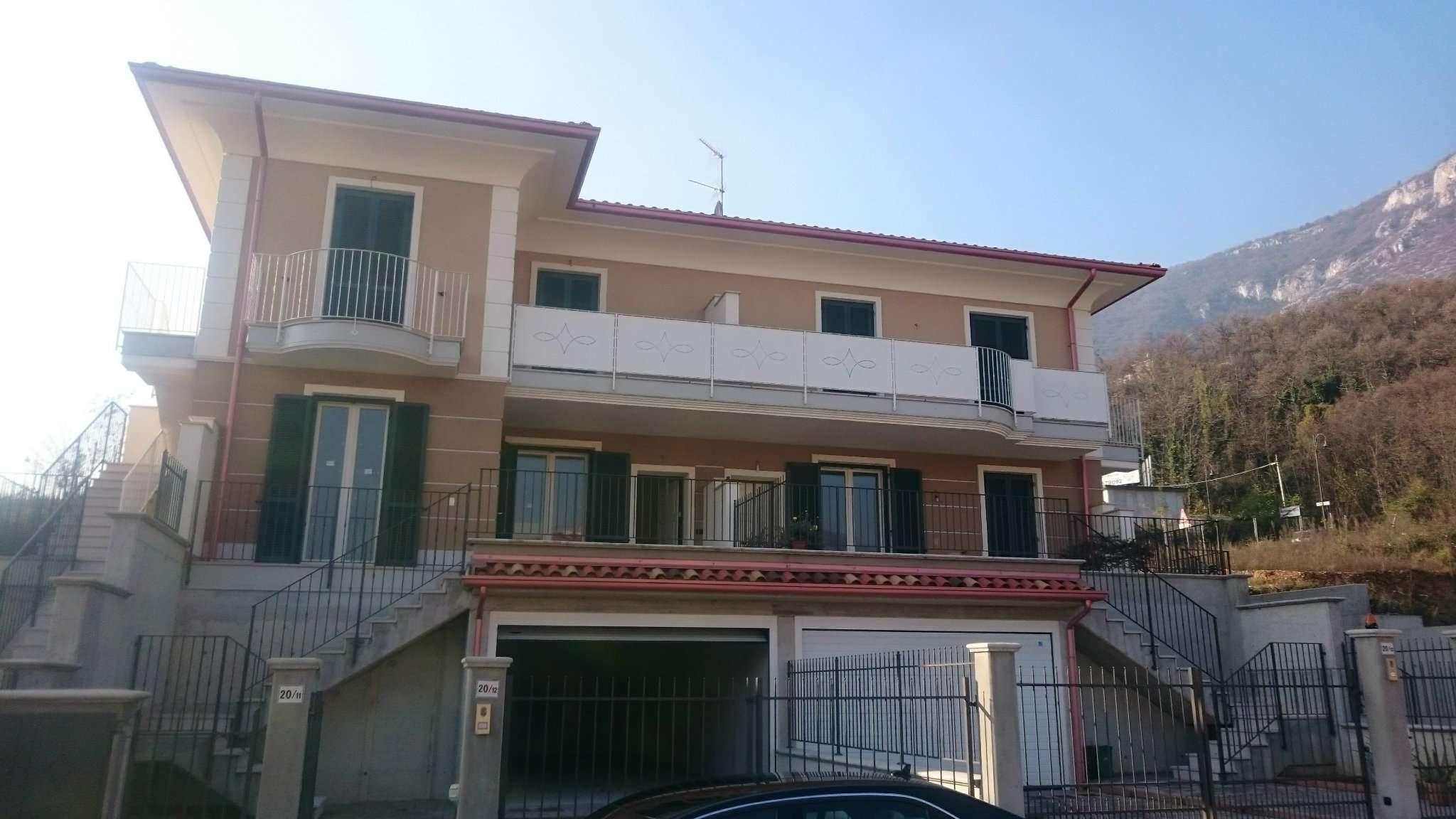 Villa Tri-Quadrifamiliare in Vendita a Botticino