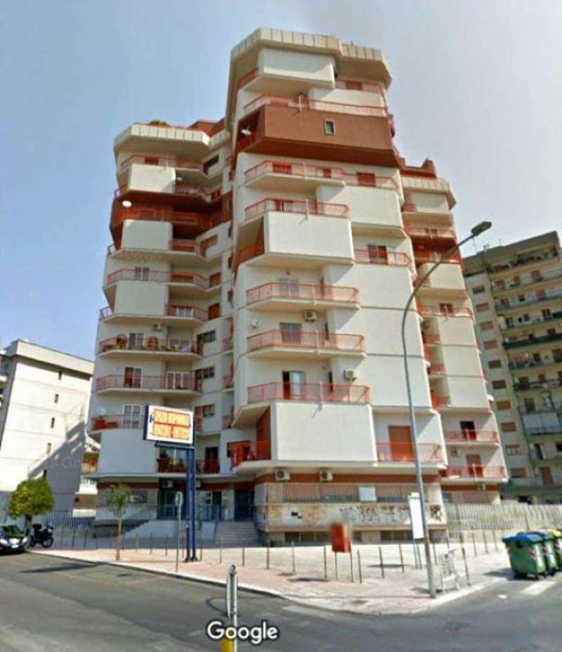 Appartamento in affitto a Taranto, 4 locali, prezzo € 600 | Cambio Casa.it