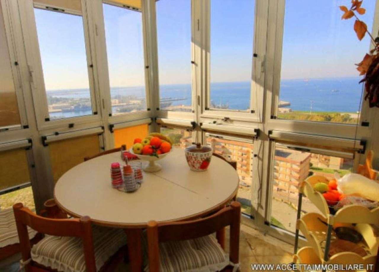 Appartamento in vendita a Taranto, 4 locali, prezzo € 160.000 | Cambio Casa.it