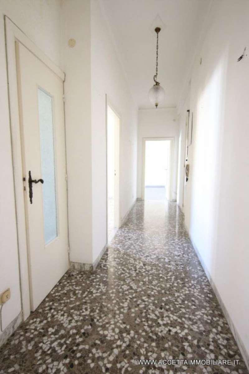 Bilocale Taranto Via Aristosseno 9