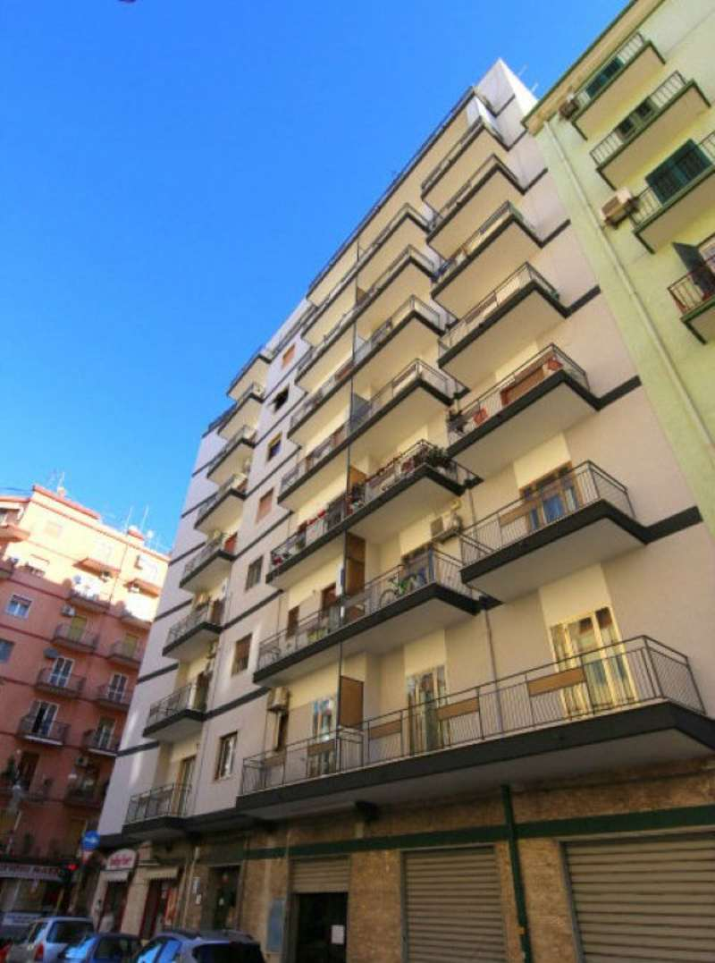Bilocale Taranto Via Aristosseno 10