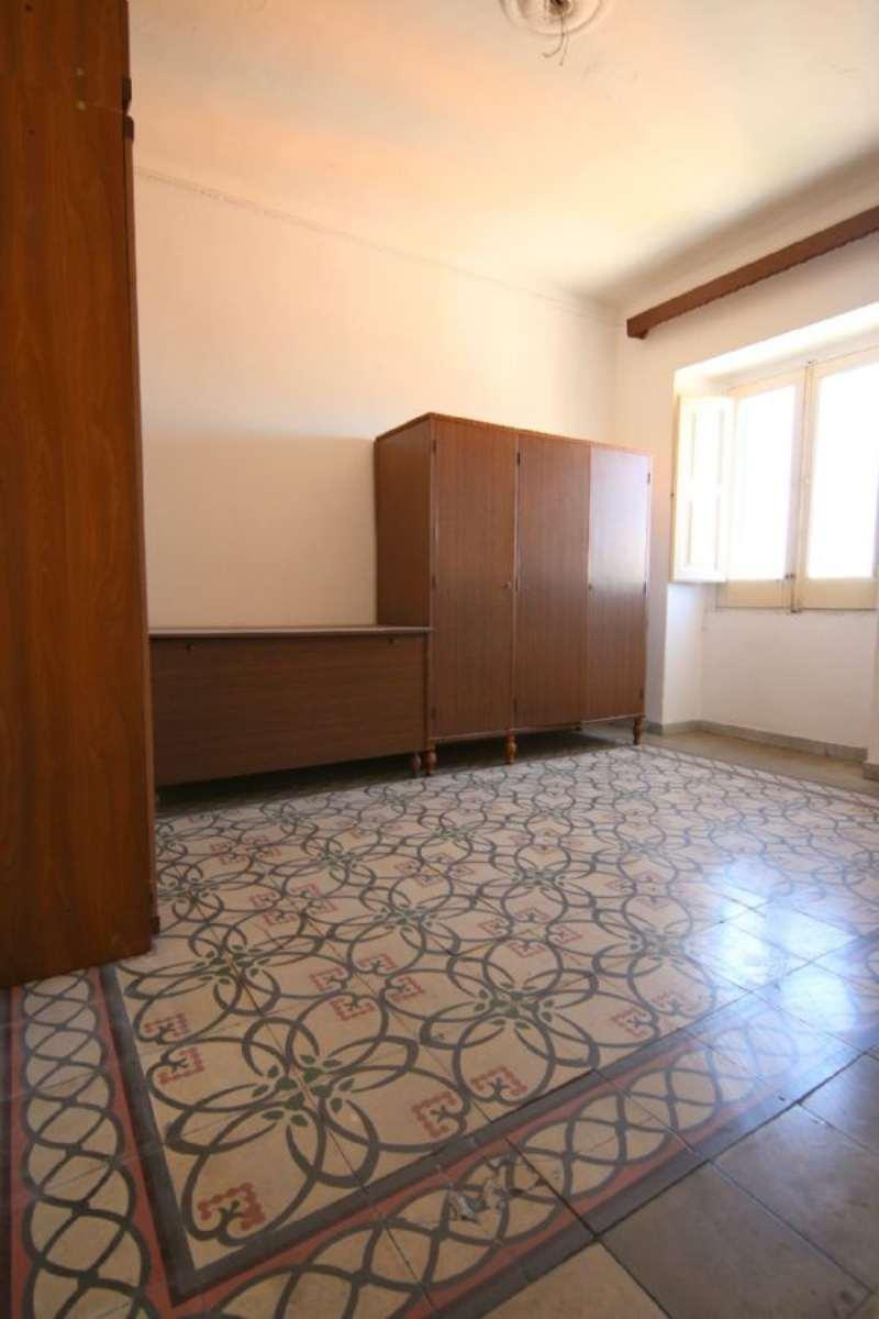 Bilocale Taranto Via Messapia 4
