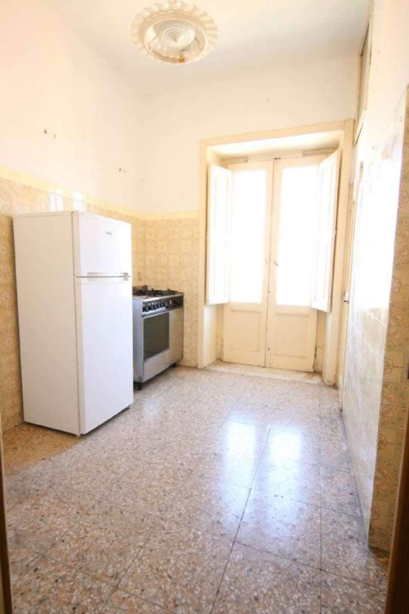 Bilocale Taranto Via Messapia 5