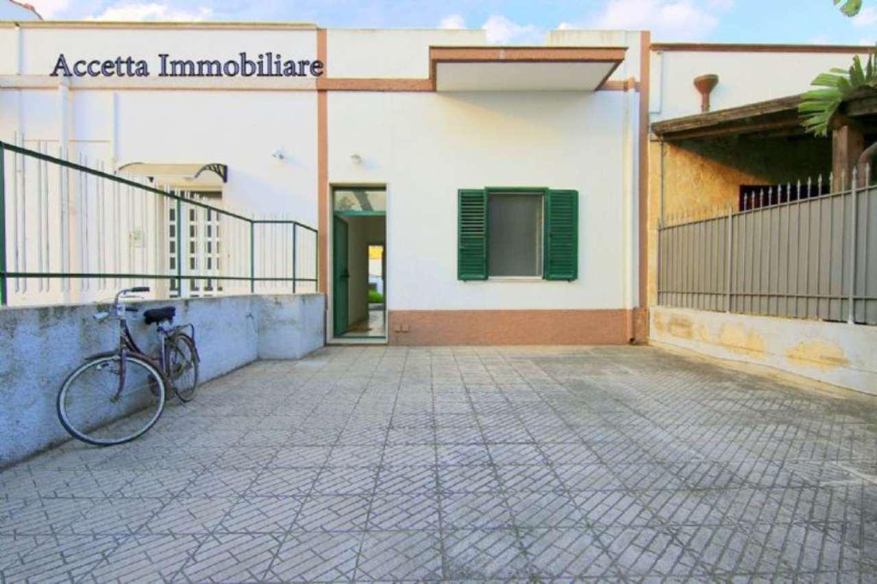 Villa in vendita a Taranto, 2 locali, prezzo € 98.000 | Cambio Casa.it