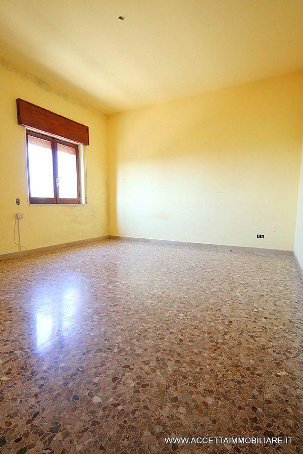 Taranto Affitto APPARTAMENTO Immagine 3