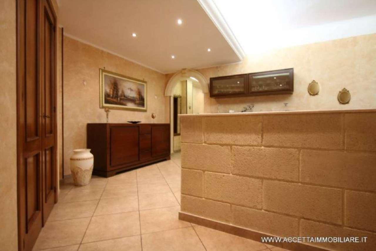 Appartamento in vendita a Taranto, 3 locali, prezzo € 72.000 | Cambio Casa.it