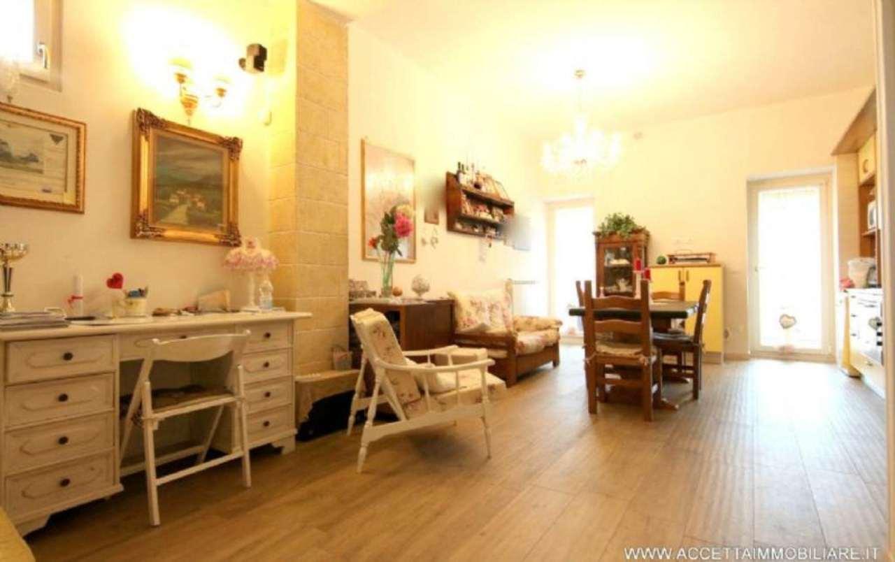 Appartamento in vendita a Taranto, 3 locali, prezzo € 129.000 | Cambio Casa.it
