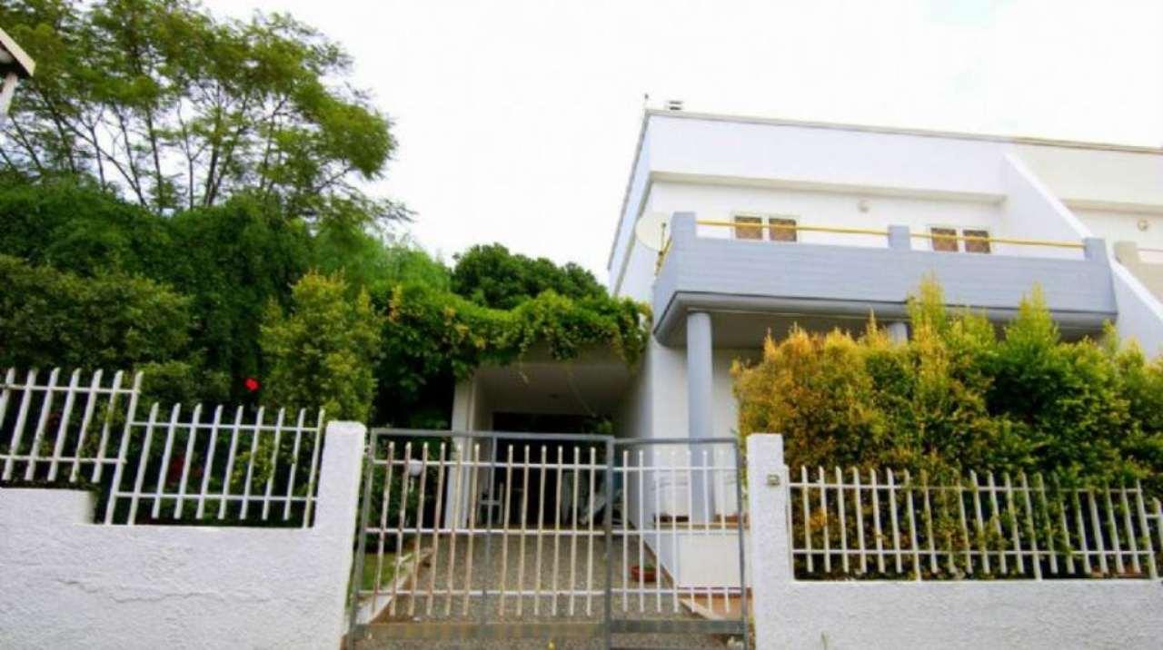Villa-Villetta Villa in Vendita a Leporano