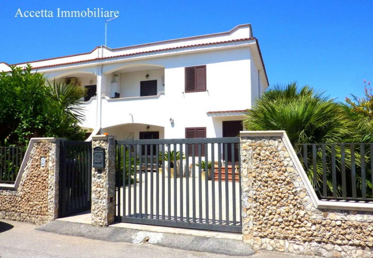 Villa in vendita a Taranto, 6 locali, prezzo € 208.000 | Cambio Casa.it