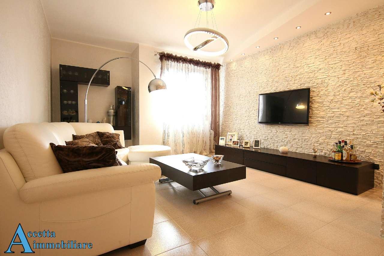 Appartamento in vendita a Taranto, 3 locali, prezzo € 168.000 | Cambio Casa.it