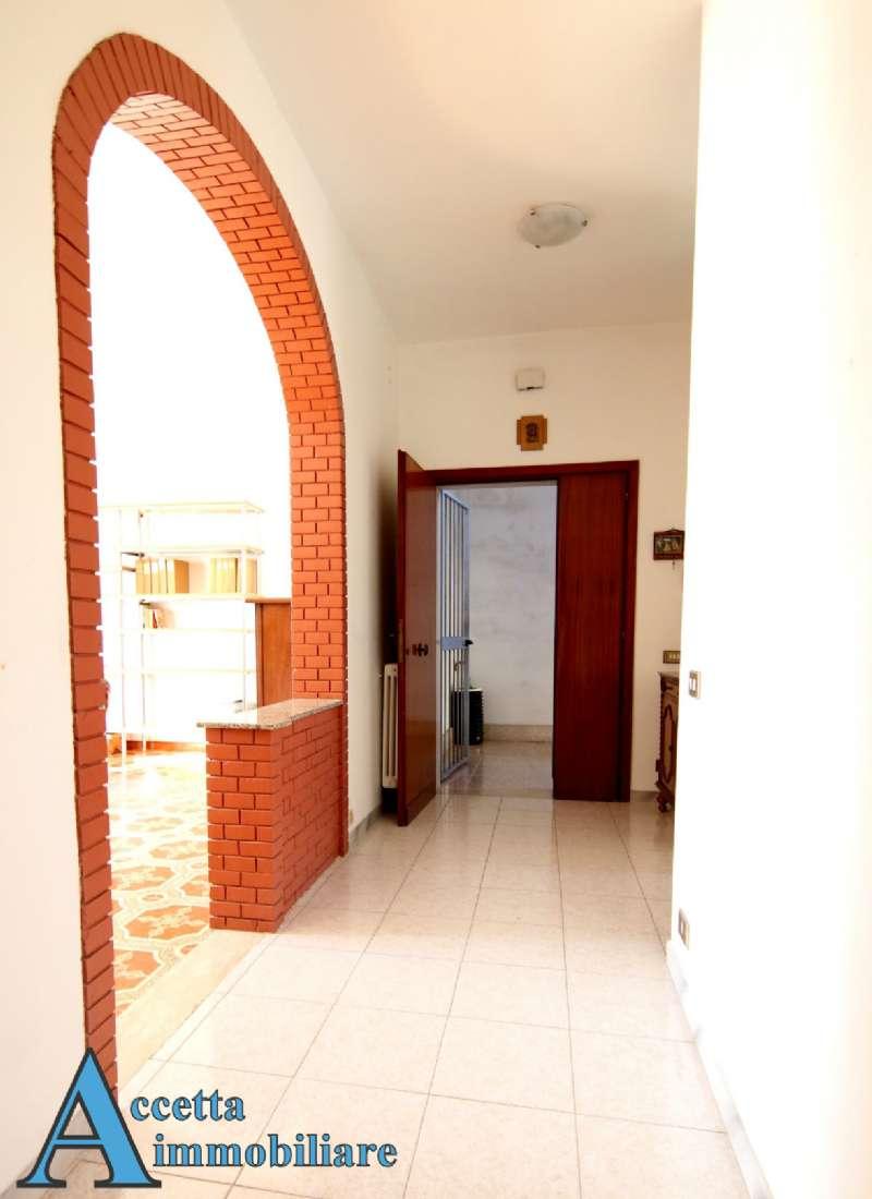 Appartamento in affitto a Taranto, 4 locali, prezzo € 450 | Cambio Casa.it
