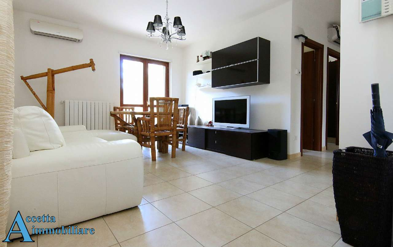 Appartamento in vendita a Taranto, 3 locali, prezzo € 128.000 | Cambio Casa.it