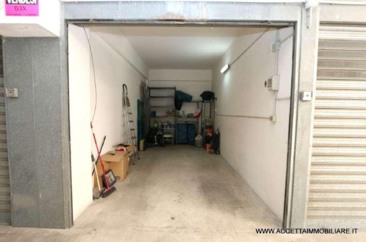 Box / Garage in vendita a Taranto, 1 locali, prezzo € 25.000 | Cambio Casa.it