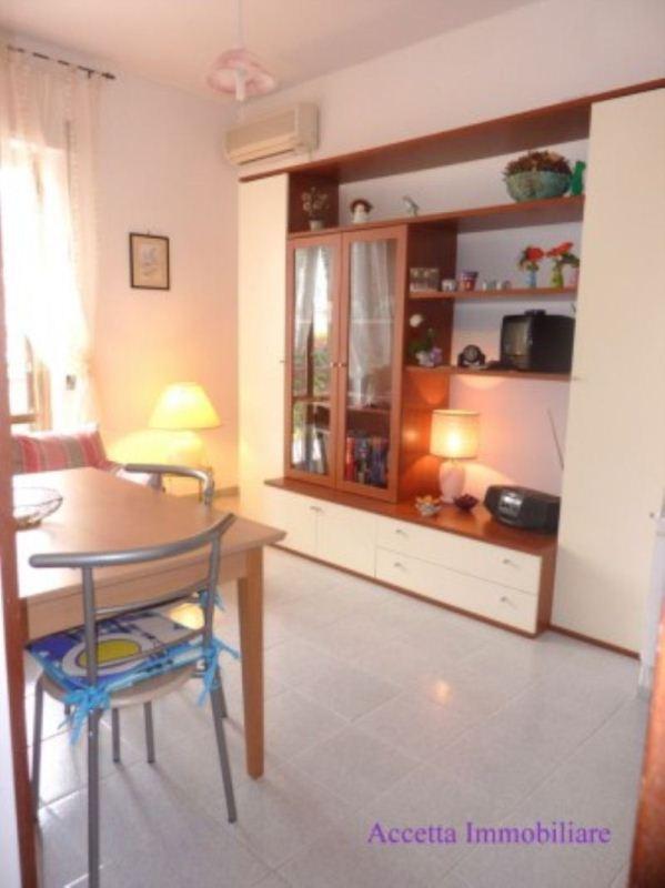 Casa taranto appartamenti e case in affitto a taranto for Affitto taranto arredato