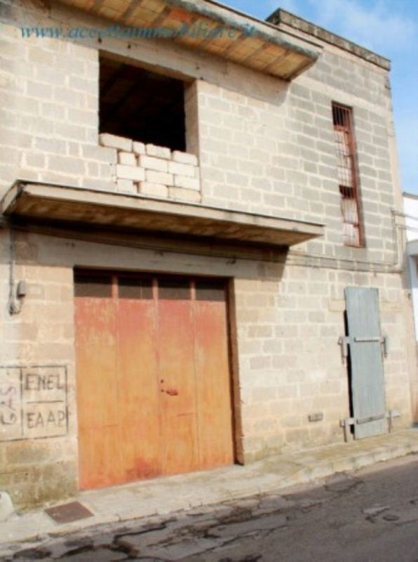 Soluzione Indipendente in vendita a Fragagnano, 4 locali, prezzo € 29.000 | Cambio Casa.it