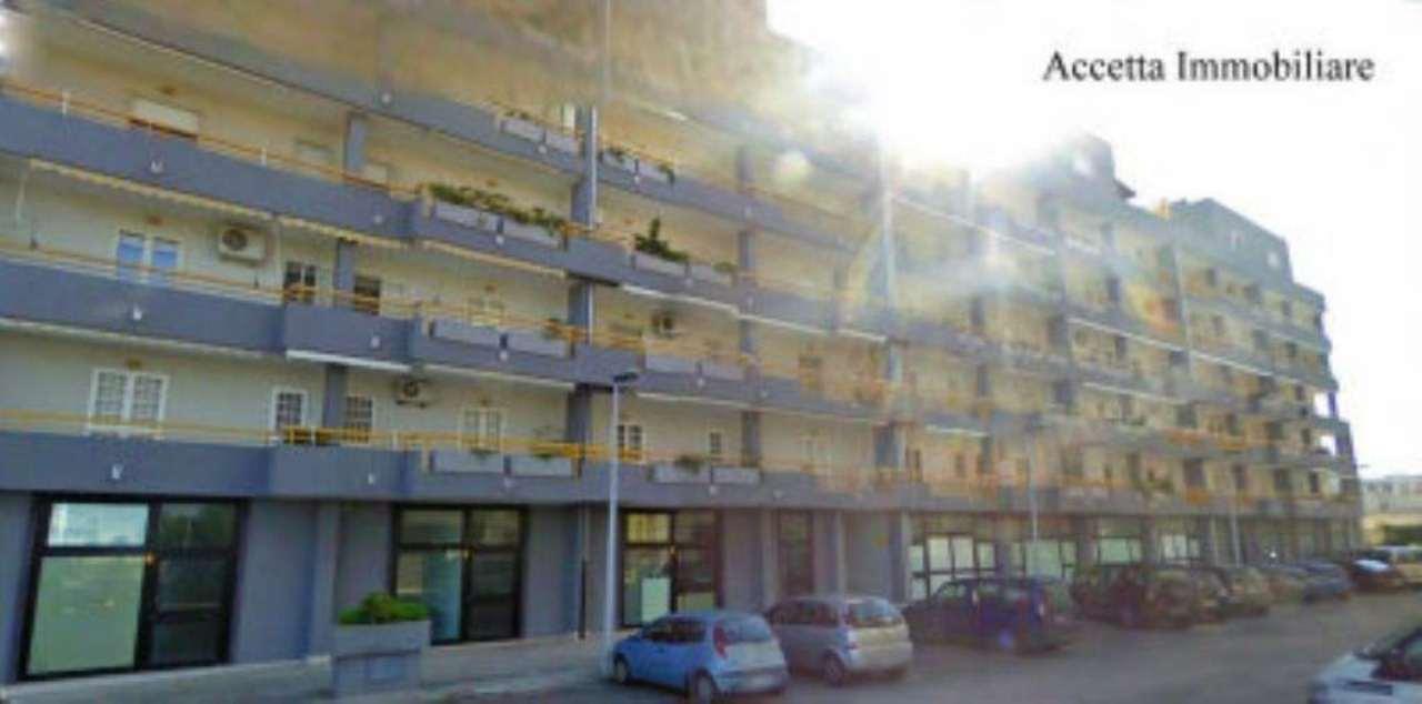 Taranto Affitto NEGOZI