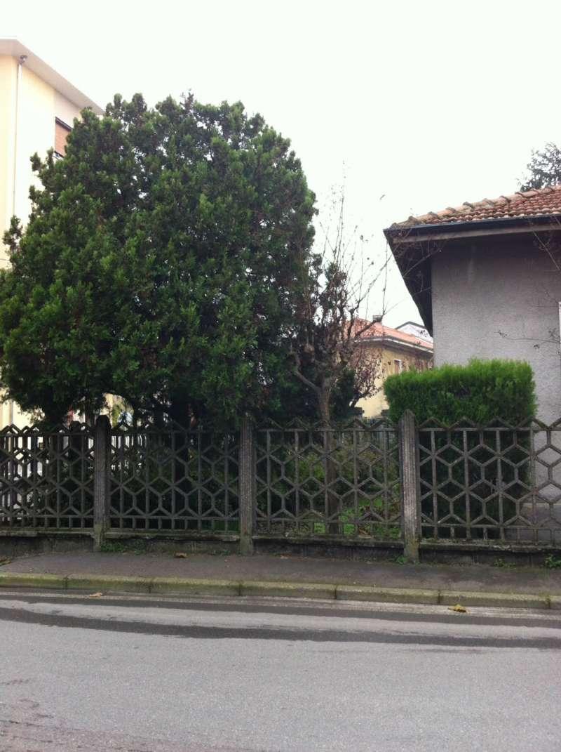 Villa in vendita a Rho, 3 locali, prezzo € 250.000 | CambioCasa.it