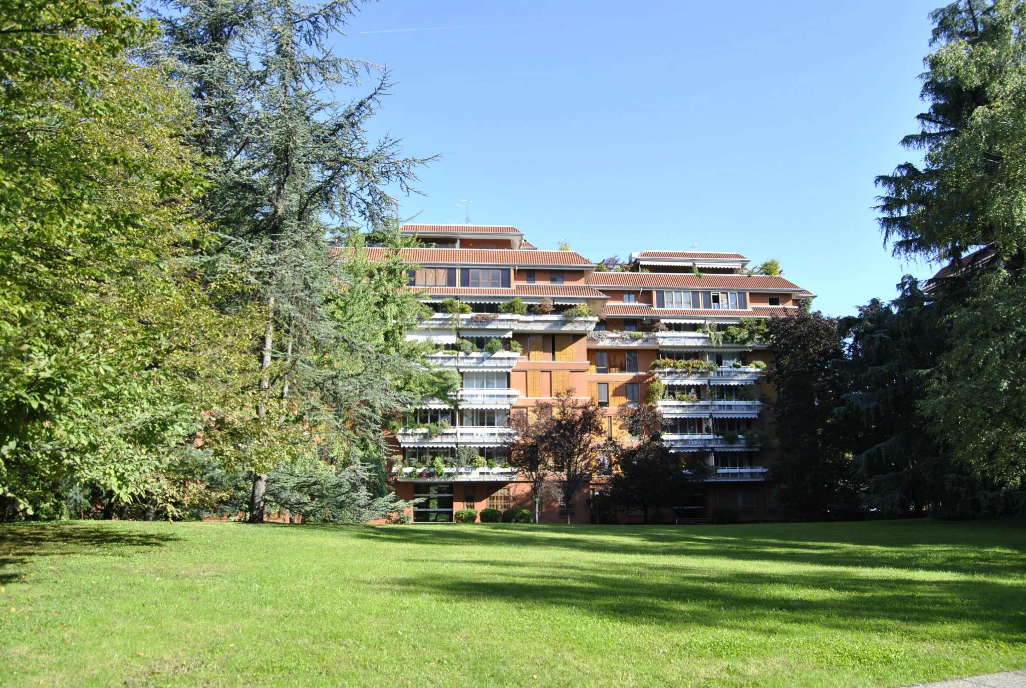 Appartamento in vendita a Segrate, 4 locali, prezzo € 1.000.000 | CambioCasa.it