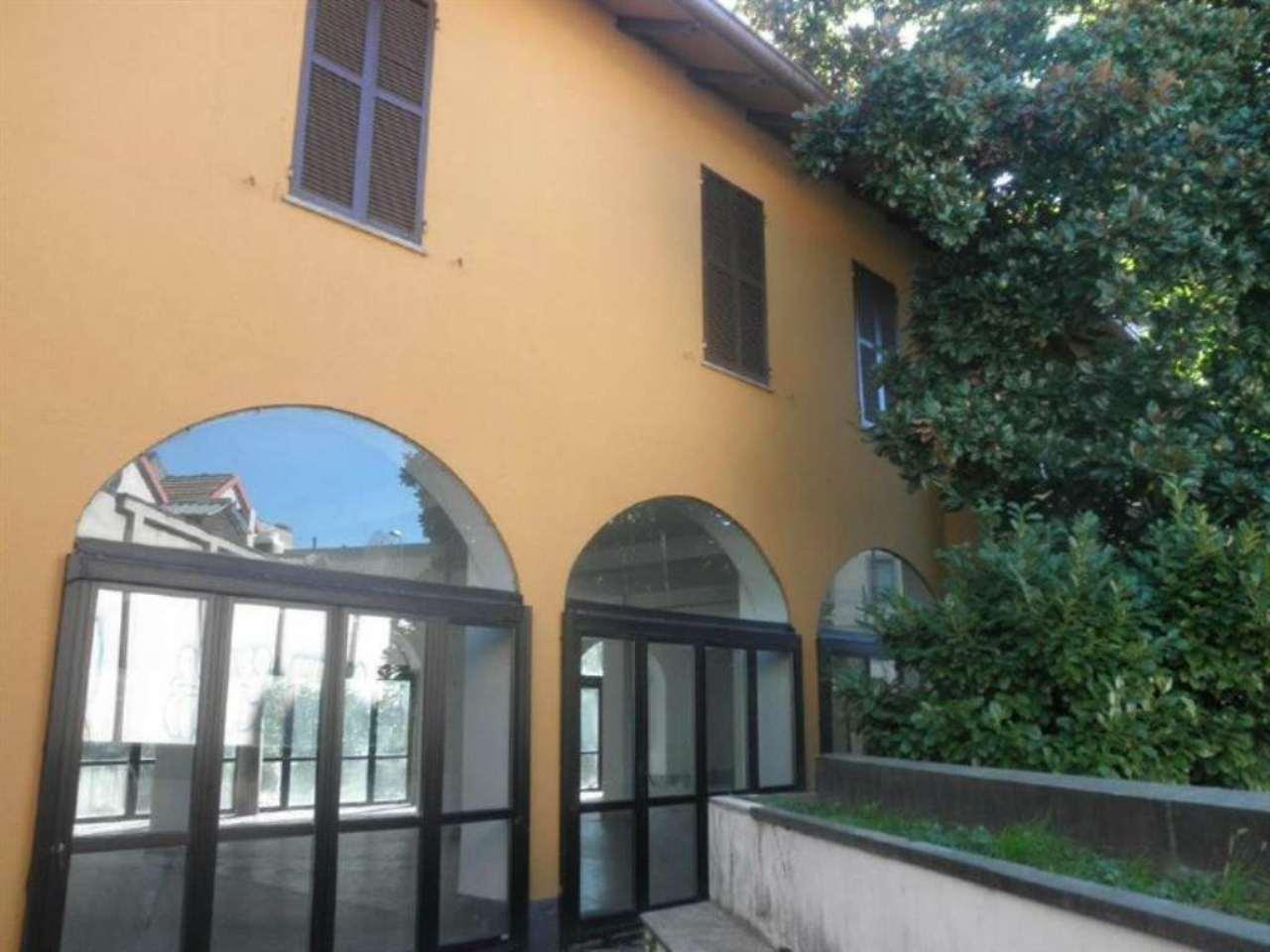 Negozio / Locale in affitto a Milano, 9999 locali, zona Zona: 7 . Corvetto, Lodi, Forlanini, Umbria, Rogoredo, prezzo € 11.670 | Cambio Casa.it