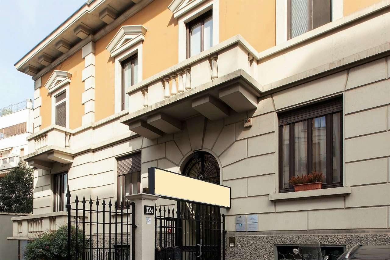 Villa in vendita a Milano, 21 locali, zona Zona: 15 . Fiera, Firenze, Sempione, Pagano, Amendola, Paolo Sarpi, Arena, prezzo € 4.500.000 | CambioCasa.it