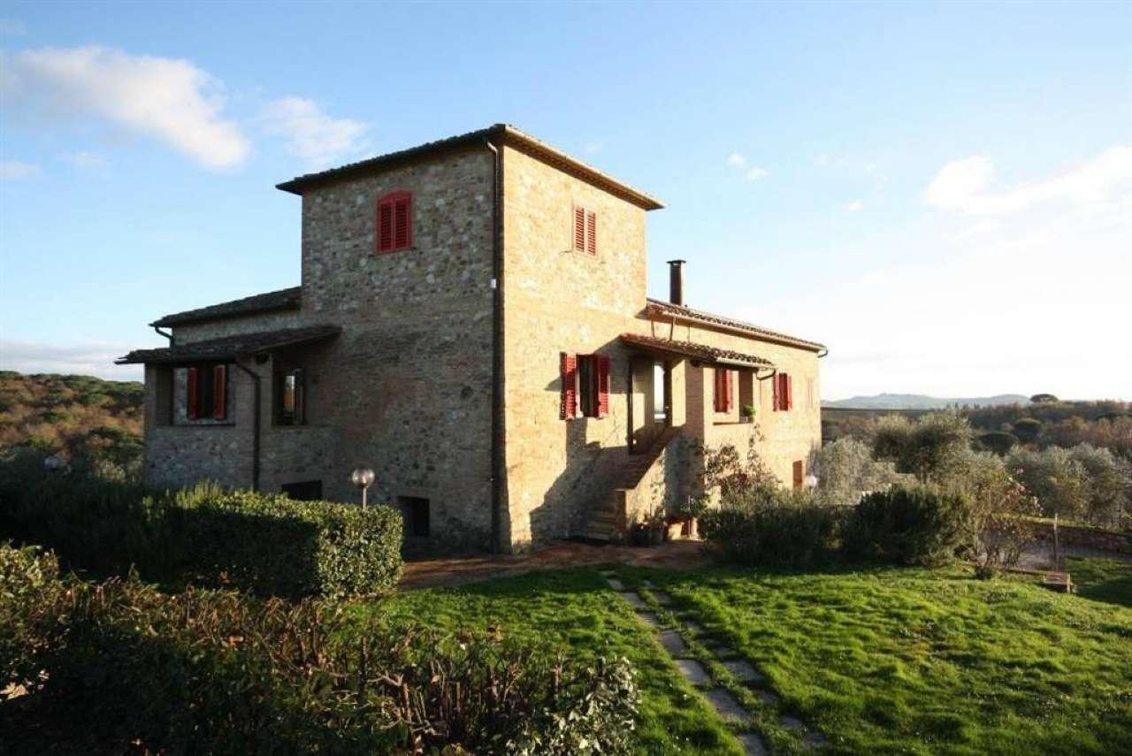 Rustico / Casale in vendita a Castelnuovo Berardenga, 10 locali, prezzo € 1.900.000 | Cambio Casa.it