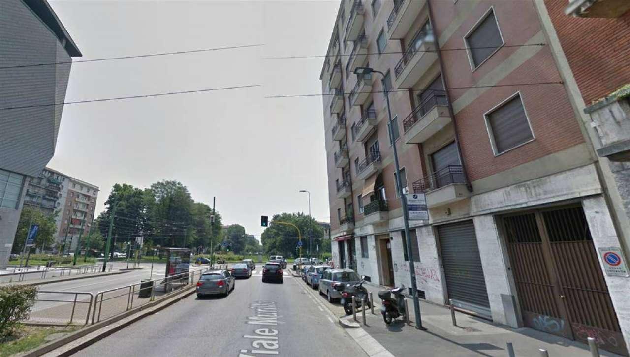 Box / Garage in affitto a Milano, 1 locali, zona Zona: 14 . Lotto, Novara, San Siro, QT8 , Montestella, Rembrandt, prezzo € 200 | Cambio Casa.it