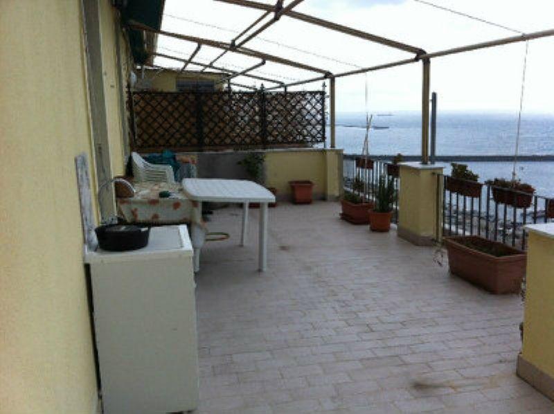Attico / Mansarda in vendita a Genova, 1 locali, zona Zona: 14 . Pegli, Trattative riservate | Cambio Casa.it