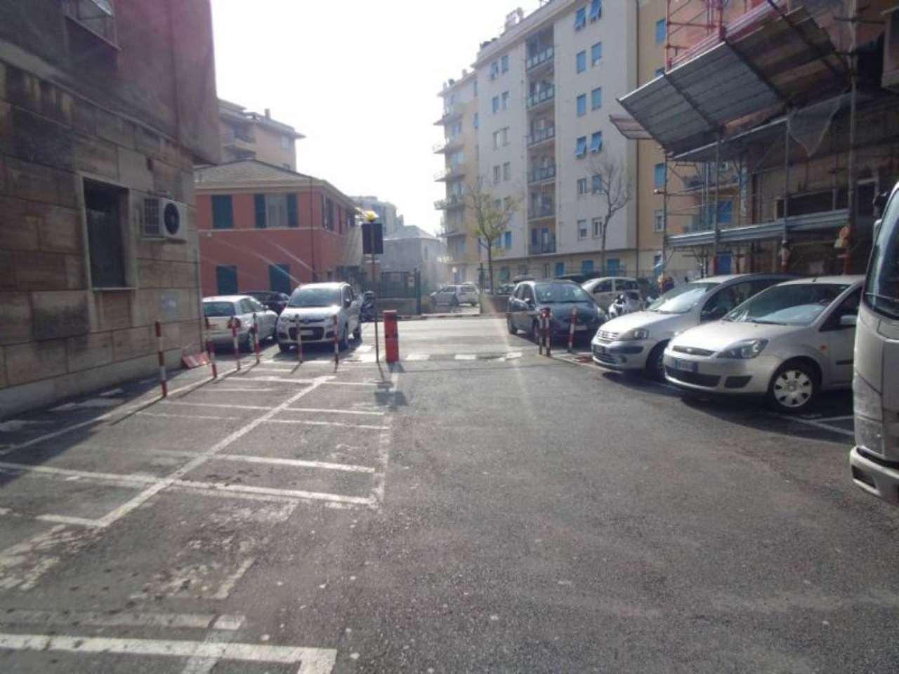Bilocale Genova Via Bologna 7