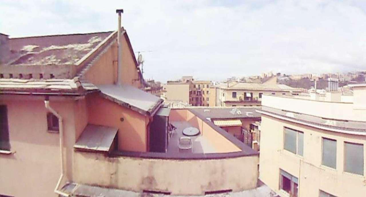 Bilocale Genova Piazza Ghiglione 10