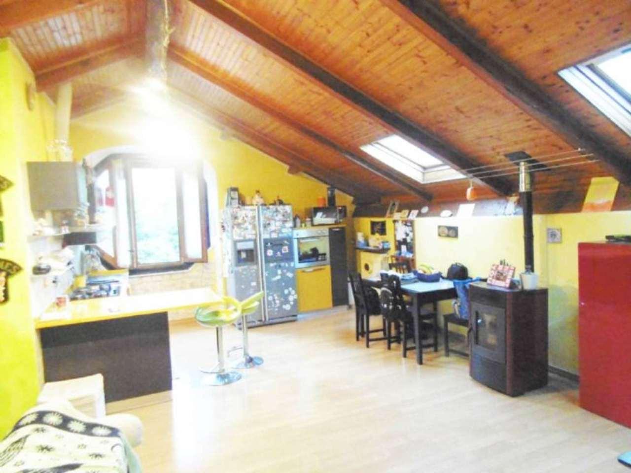 Appartamento in vendita a Mignanego, 4 locali, prezzo € 110.000 | Cambio Casa.it