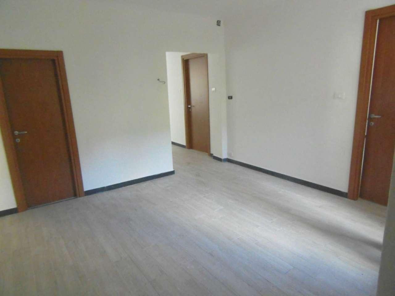 Appartamento in vendita a Campomorone, 3 locali, prezzo € 49.500 | Cambio Casa.it