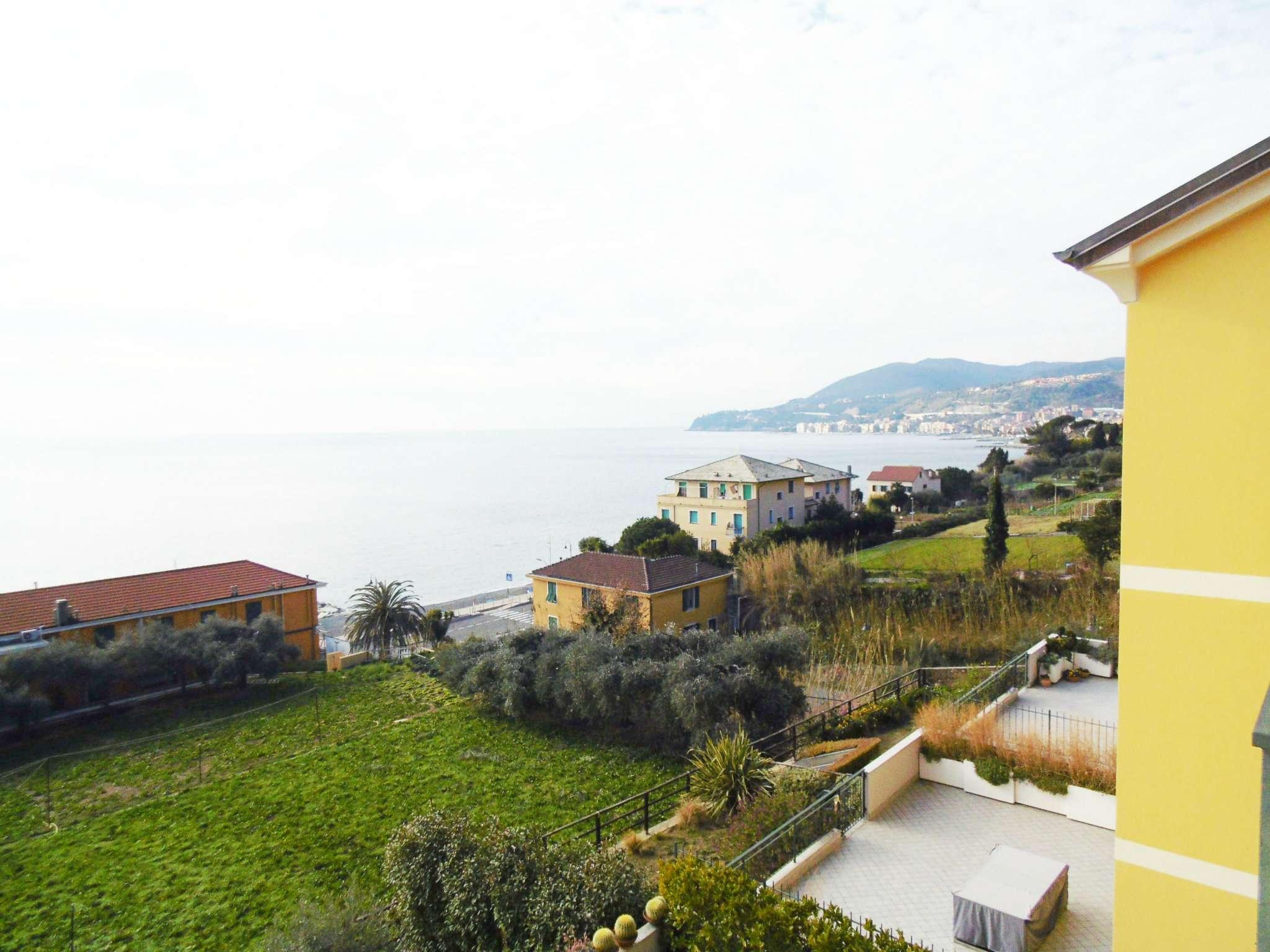 Attico / Mansarda in vendita a Cogoleto, 4 locali, prezzo € 470.000 | CambioCasa.it